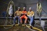 robotnicy w odzieży roboczej